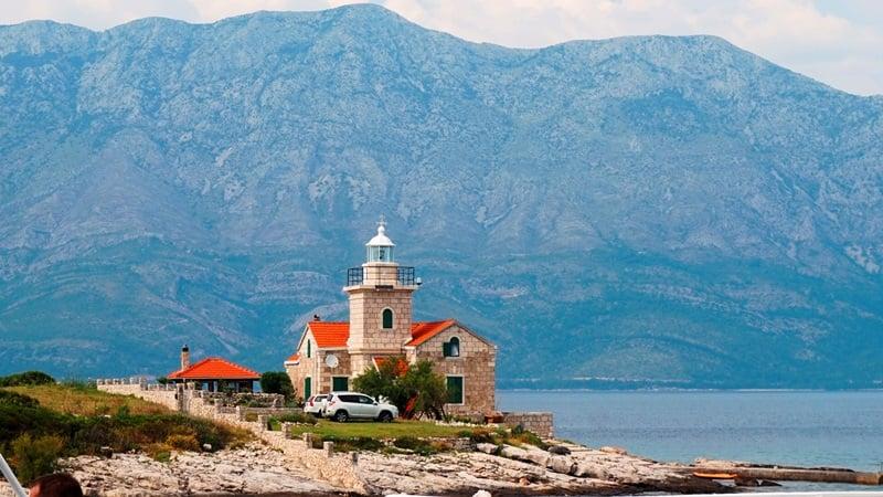 Wyspy Chorwacji - Hvar, latarnia w Sucuraj