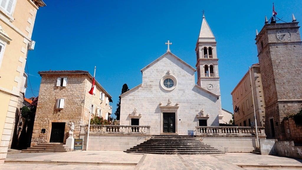 Kościół Wniebowzięcia Najświętszej Marii Panny w Supetar (Wyspa Brač