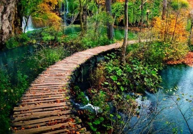 Chorwacja oferuje turystom wiele atrakcji nie tylko latem Przedstawiamy 6 powodów dla których warto odwiedzić Chorwację również jesienią