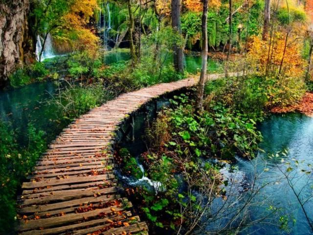 Chorwacja oferuje turystom wiele atrakcji nie tylko latem Przedstawiamy 6 powodów dla których warto odwiedzić Chorwację jesienią