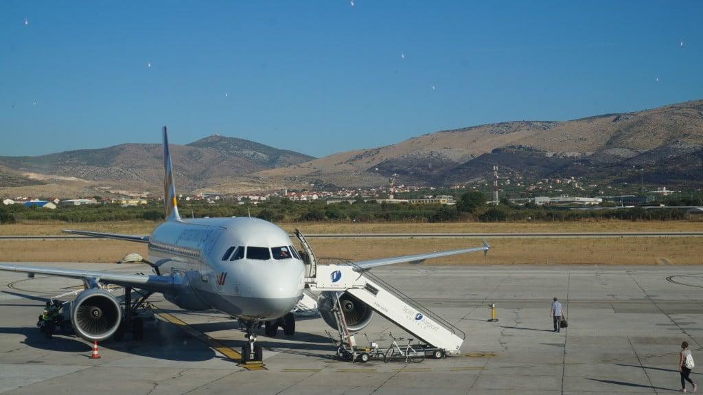 w samolocie, loty do splitu