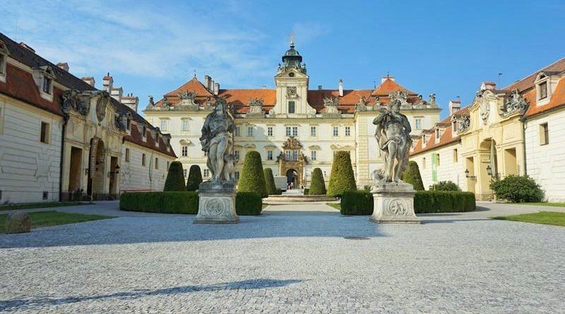 Czechy, Valtice zamek