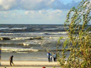 Łeba - sztorm na morzu