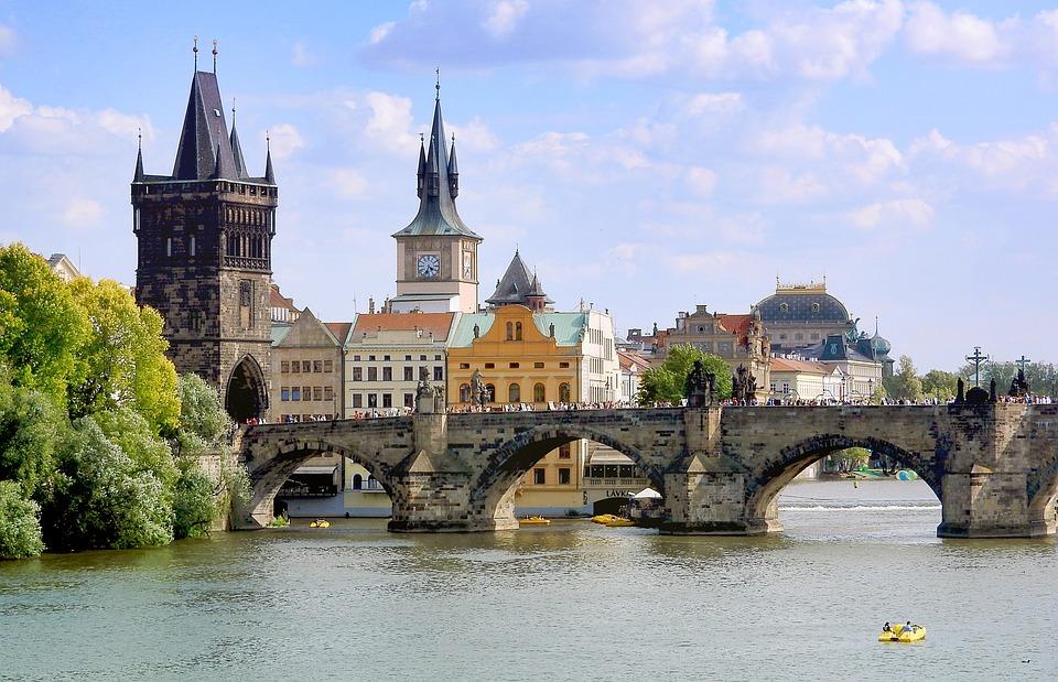 Praga Most Karola, Most Karola w Pradze, Praga Czechy, Panorama Praga, Praga Czechy, pixabay.com